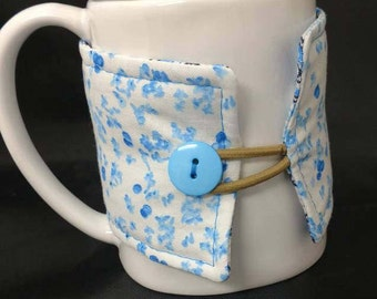 White and blue, floral, reversible, coffee cozy