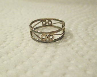 c1930's Vintage STERLING SILVER Filigree Handwrought Handmade Wide Eternity Swirl Wedding Band RING size 6 - Signed .925 unique very pretty
