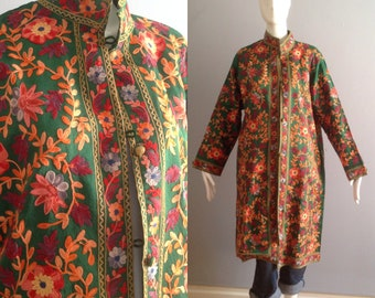 Vintage Emerald Green Silk Jacket with Heavy Floral Embroidery ~ 3/4 Length Ethnic Coat with Mandarin Collar ~ Bohemian Hippie Duster