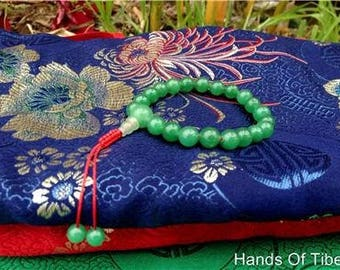 Green Jade Tibetan Wrist Mala with Guru Bead for Meditation