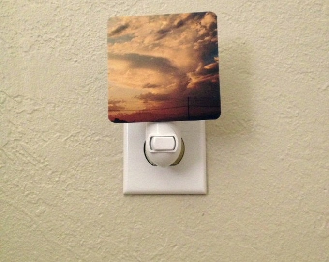 IN STOCK - Golden Hour Rural Night Light for Child's Room, Playroom, Cloud Decor