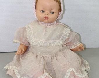 Vintage 1961 Horsman Baby Doll Dress Bonnet  Sleepy Eyes Collectable 22inch