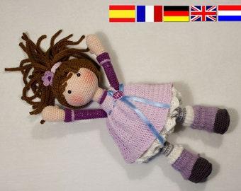 Crochet pattern for doll MIA (Deutsch, English, Français, Español, Nederlands)