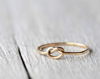 Gold Love Knot Ring, 9ct solid gold, love, BFF, friendship, anniversary, valentine gift