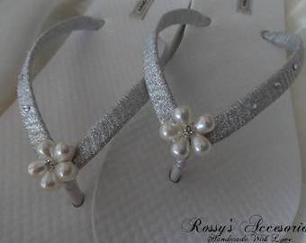 Flower Pearls Wedding  Flip Flops / Bridal Shower flip flops / Beach Wedding Shoes / Bachelorette Flip Flops /Bride Gift / Bridal Sandals