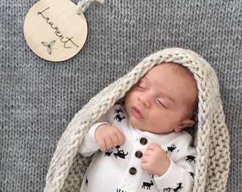 CUSTOM Timber Baby Name Disc - Flower - Nursery Decor - Wood - Newborn Gift - Photo Props