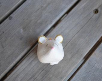 Mouse ring holder