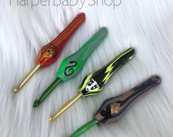 READY TO SHIP Ergonomic Crochet Hooks • Harry Potter • House Colors