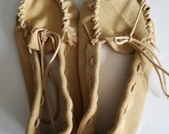 Childrens Quick Kits Leather Mocasins Completed size 13-1