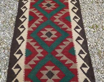 """Runner Maimana kilim/rug/carpet. Natural Wool. Handwoven. 6 ft 7"""" x 2 ft 1""""  201 x 63 cm."""