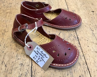 Vintage New Old Stock 50s  Leather Reddish Brown Mary Janes French Stock  EU 21, 22, 23, 24, 25