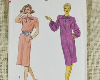 Uncut Vogue 7879 // loose fitting dress // size 16