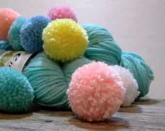 ella rae pompe pom pom yarn . mint 05 . 1 skein 131yd 120m . dk funky novelty acrylic yarn . mint green pom pom toddler baby photo prop yarn