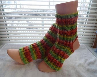 Hand knitted Yoga / Pedicure / Pilates / Dance Socks #003