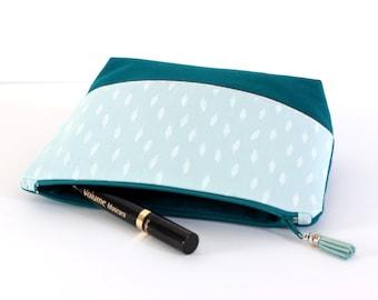 Trousse à maquillage en coton, coloris bleu clair, blanc et bleu canard