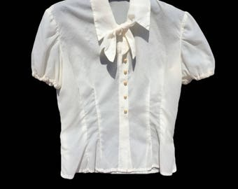 1980 blouses Vintage blouse//secretary blouses//white blouses//mutton sleeve blouse//jabot collar