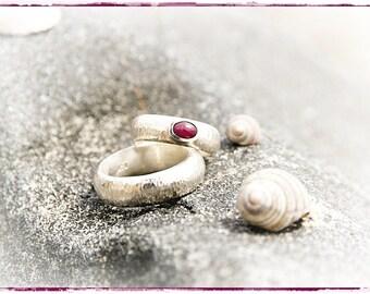 Fedi nuziali, anelli di partner