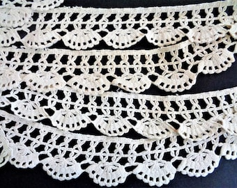 Vintage 30s Off White Crochet Lace Trim, Handmade Lace Trim, Antique Lace, sewing supply, Bedding Edging, Curtain Embellishment, 74''/188cm
