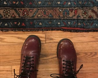 wicked vintage old original doc martins made in England, with scuffs and scratches, total boho boots, Burgundy