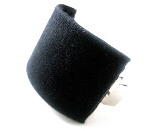 Black Ponytail Cuff