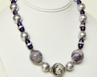 Purple Necklace Agate Handmade Jewelry in Silver Beaded Necklace Lavender Swarovski Pearls