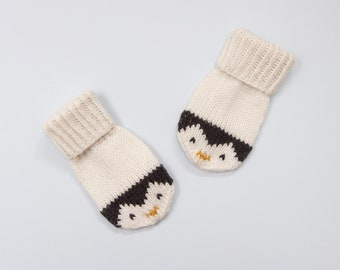 Baby and Toddler Mittens Knitting Pattern. Penguin Mittens Knitting Pattern. PDF knitting pattern. Instant Download