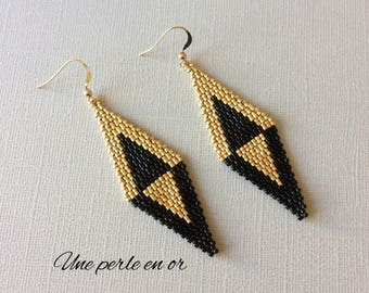 black and gold and black and gold miuyki earrings / gold plated hook / peyote weave /