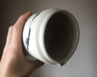 Ceramic dish/ Ceramic /Planter/Ceramic Planter/Ceramic Bowl/Pottery/Clay/Porcelain/Ceramic mug/Ceramic Ornament/Ceramic Planters