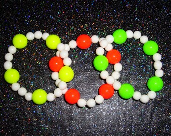 Awesome Alien Neon Beads and White Out Beads Beaded Bracelet