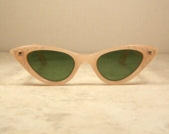 1950's Cat Eye Sunglasses Palest Pink