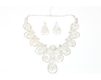 Statement faux droop rhinestone pearl princess inspired necklace with earrings