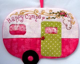 Vintage Trailer Happy Camper Mug Rug - Pink Horse