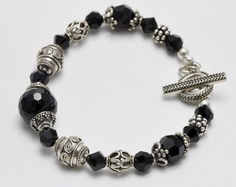 Black Agate Stone and Bali Silver Beaded Bracelet