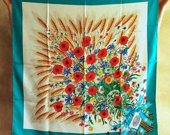 Gucci Poppy Bouquet Silk Scarf NEVER WORN/DEADSTOCK 34'-34'