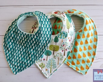 Trio of bibs / Bibs Trio. bibs for baby; baby bibs. babyshower gift. babyshower gift. Unisex; bibs; PEAR pattern; drop; tree