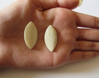 Wood Carvings, Hand Cut Marquise Shaped Wooden Matched Pairs, Natural Wood, 28x15mm Each, CL31