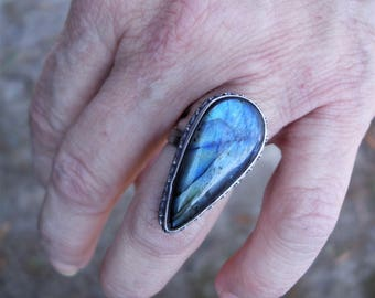 Labradorite ring, large labradorite ring, labradorite rings, oxidized silver ring, labradorite jewelry, size 7 ring, gift ideas, spectralite