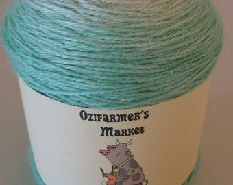 Rapture: 4ply Fingering Weight Baby Alpaca, Cashmere and Silk blend gradient dyed knitting yarn.  Colourway - Mint