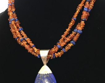 Vintage lapis lazuli and Baltic amber necklace choker.