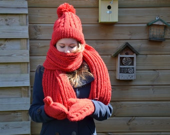 Knitted hat, mitts and shawl, wool, red, warm, winter,  Christmas, gift, cold, snow, lining