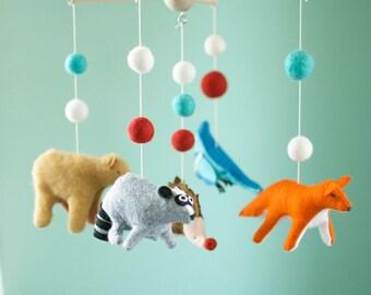 Baby forest mobile, felt mobile, woodland nursery, fox mobile, bear mobile, neutral mobile, baby shower gift
