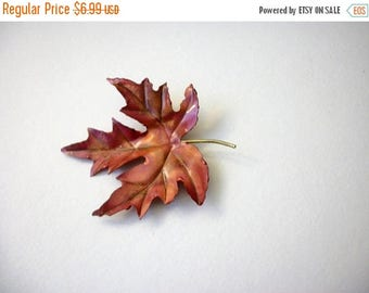 ON SALE Vintage Over Sized Thinner Metal Bendable Fall Leaf Pin 121216