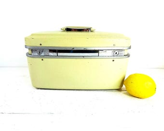 Vintage Yellow Hawthorne Hard Shell Train Case