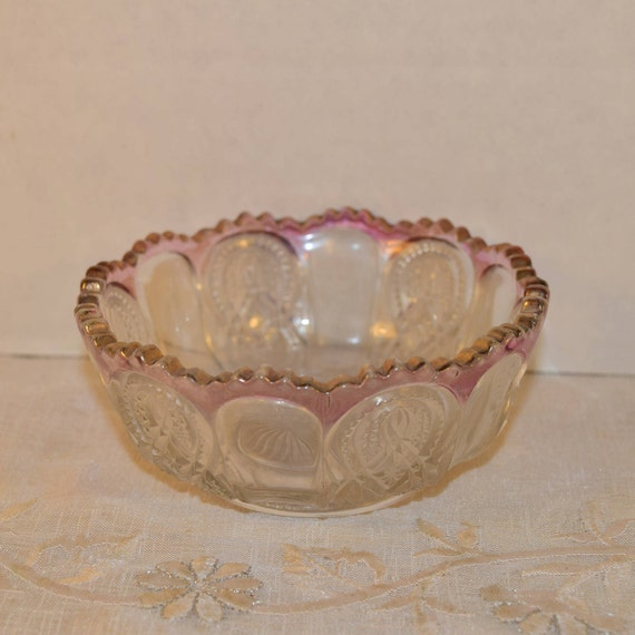 Cranberry Crested Clear Glass Bowl Vintage Sawtooth Edge Fruit Bowl Pressed Glass Candy Condiment Nut Trinket Dish Pink Ruby Trim