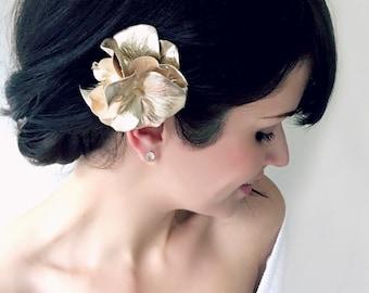 Gold Hydrangea Hair Pin, Gold Hair Flower, Gold Flower Pin, Metallic Gold Fabric Flower Hair Accessory, Gold Bridal Hair Pin, Bride Wedding