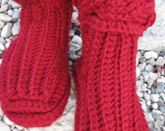 Cable crochet slipper boots pattern.  Slipper boots.  Crochet boots pattern.