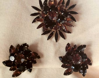 Vintage Designer signed Judy Lee Rhinestone Brooch pin and Clip on Earring Set in Black and Rootbeer navettes and rounds.