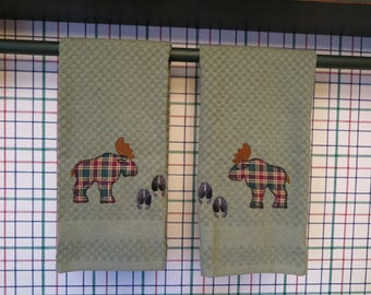 Kitchen towels-Plaid Moose or bear-set of two-Applique-personalized