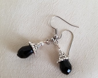 Black Teardrop earrings