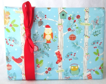 Holiday Owls Christmas Wrapping Paper, Holiday Gift Wrap 10 ft x 2 ft. / 3.048 m. x .60 m. Roll, Children's Wrapping Paper